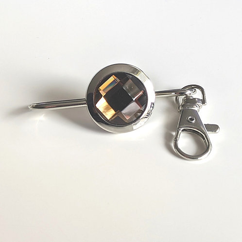 Amber Solitary Crystal Key Finder