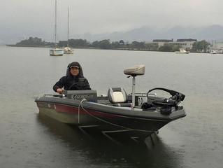 今日の琵琶湖は釣れそうですね。