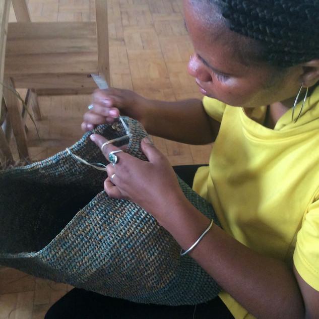 Finition crochet par Mbola (2).JPG