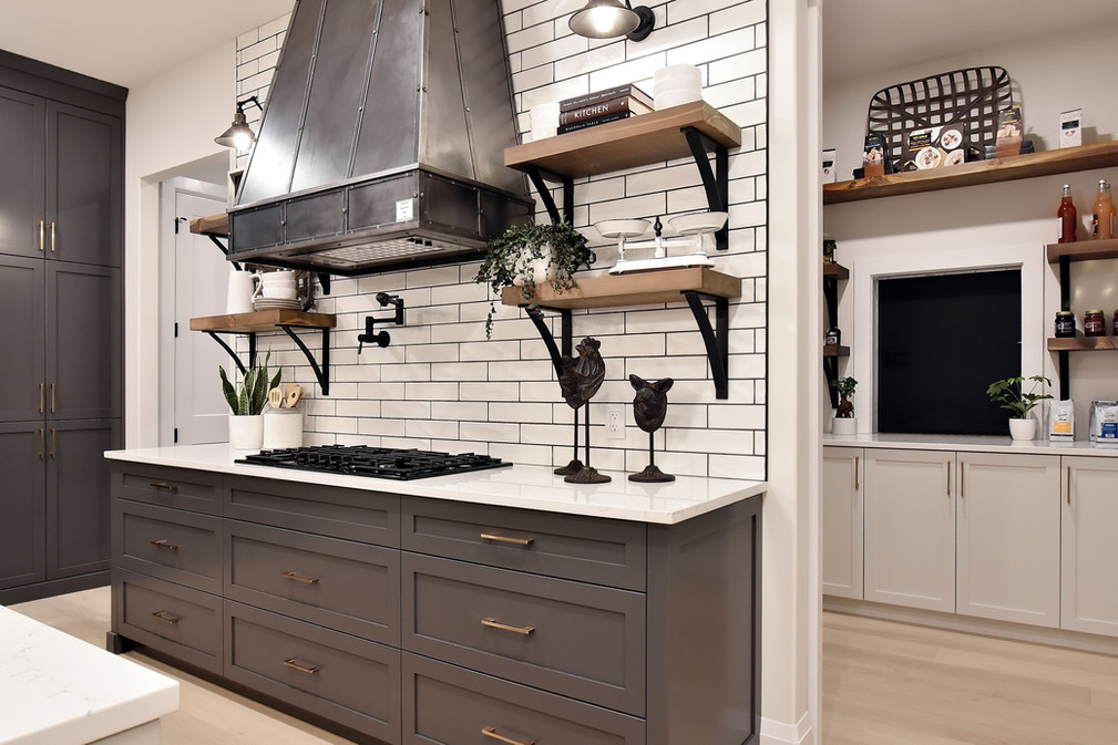 Kitchen+3_resize.jpg