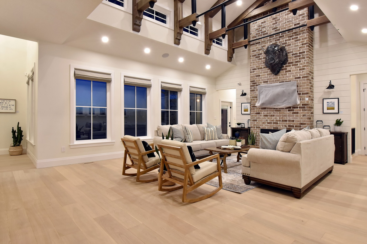 Living+room+2_resize.jpg
