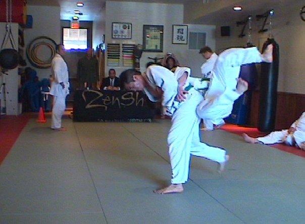 Obi Goshi judo throw Veloso