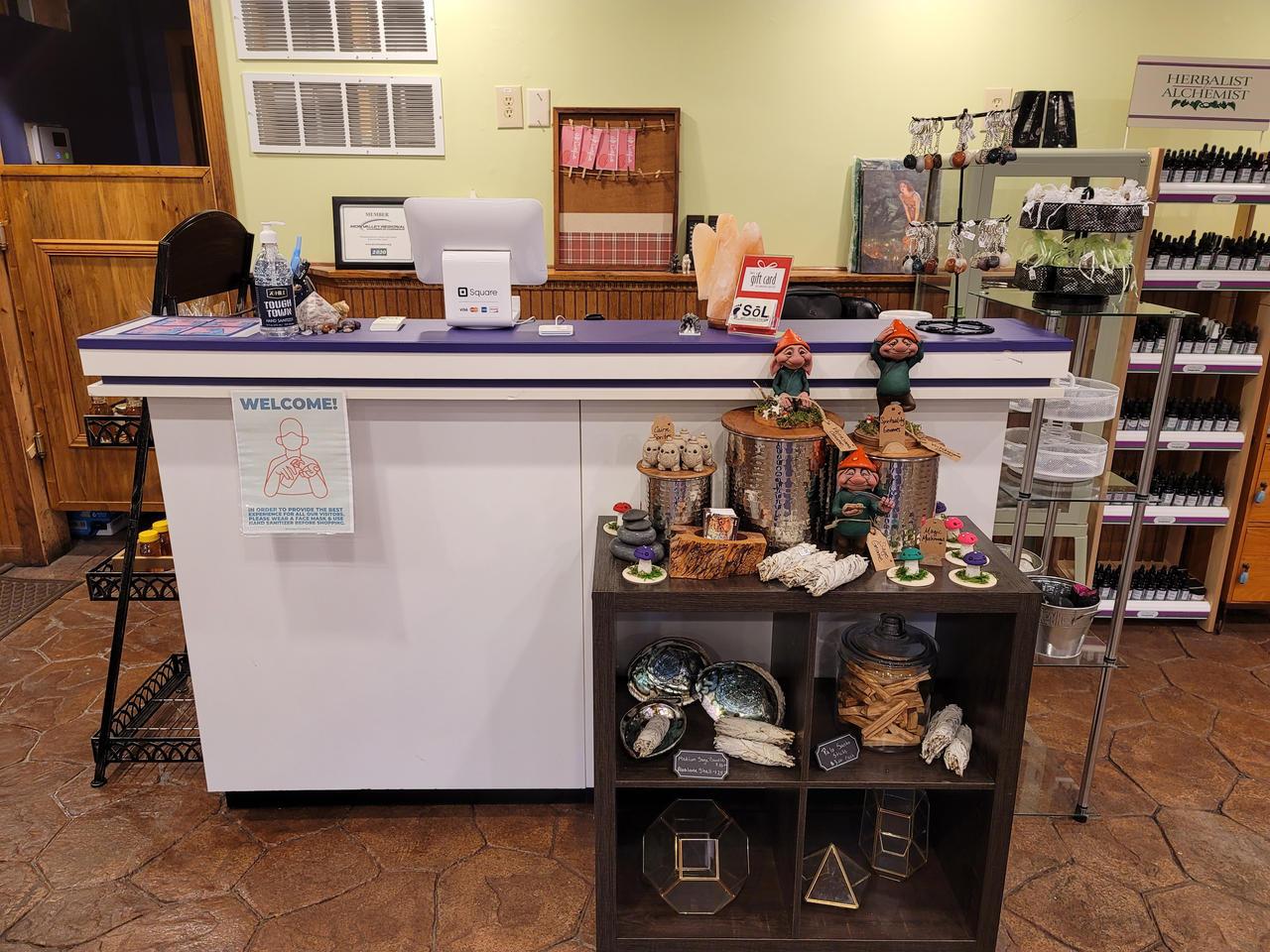 Rare Goods Market Front Desk