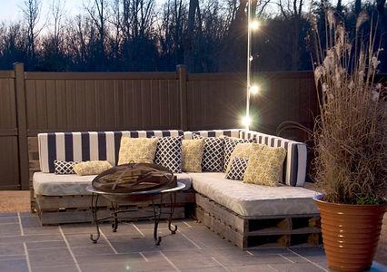 Wooden-Pallet-Sofa.jpg
