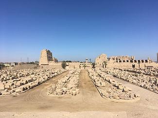 De eindfase van het 'Mooie Feest van de Vallei': feestvieren in Grieks-Romeins Thebe
