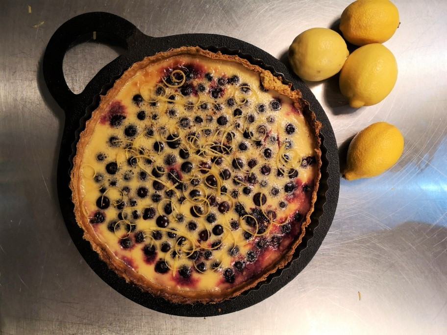 lemon-and-blueberry-tart