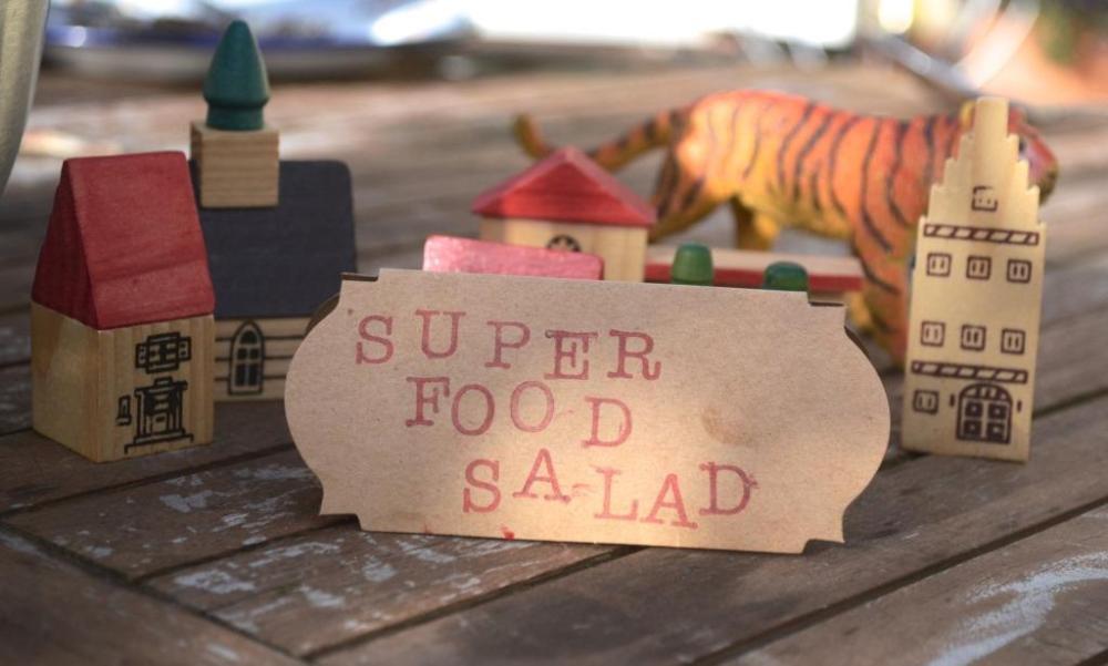 Super Food Salad label