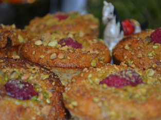 Grain-Free Orange and Pistachio Cupcakes