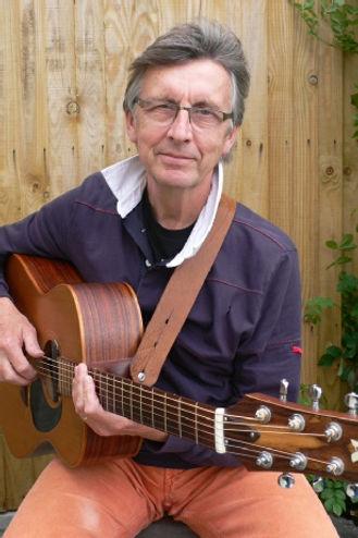 bob-wood-folk-singer-1.jpg