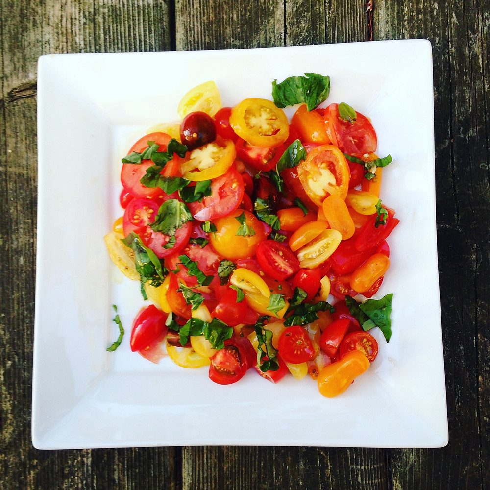 heirloom tomatoe salad recipe from monkey weddings & summer sapphires