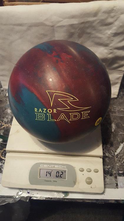 Hammer Razor Blade