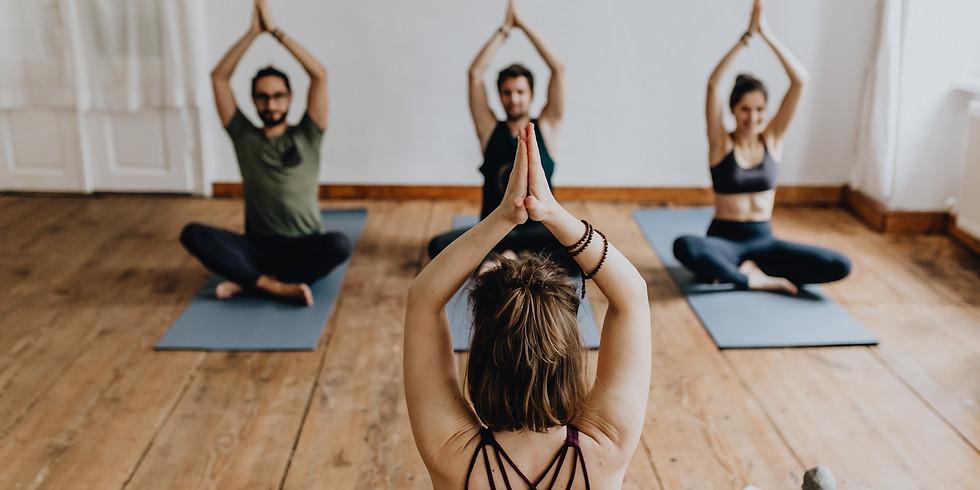 Yoga im EKIZ 17:15 Uhr