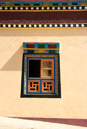beautiful tibetan buddhist monastery bir