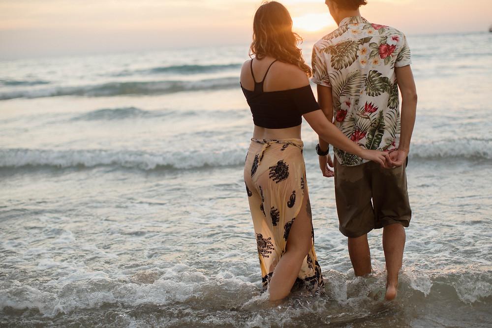 lena larsson couple photoshoot golden hour thailand julian preece nicki silvanus