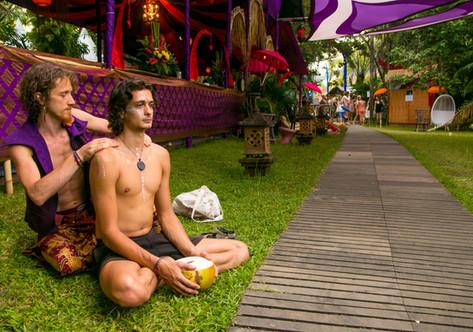 bali spirit festival, ubud, event photographer, festival photography, massage, under a palm tree
