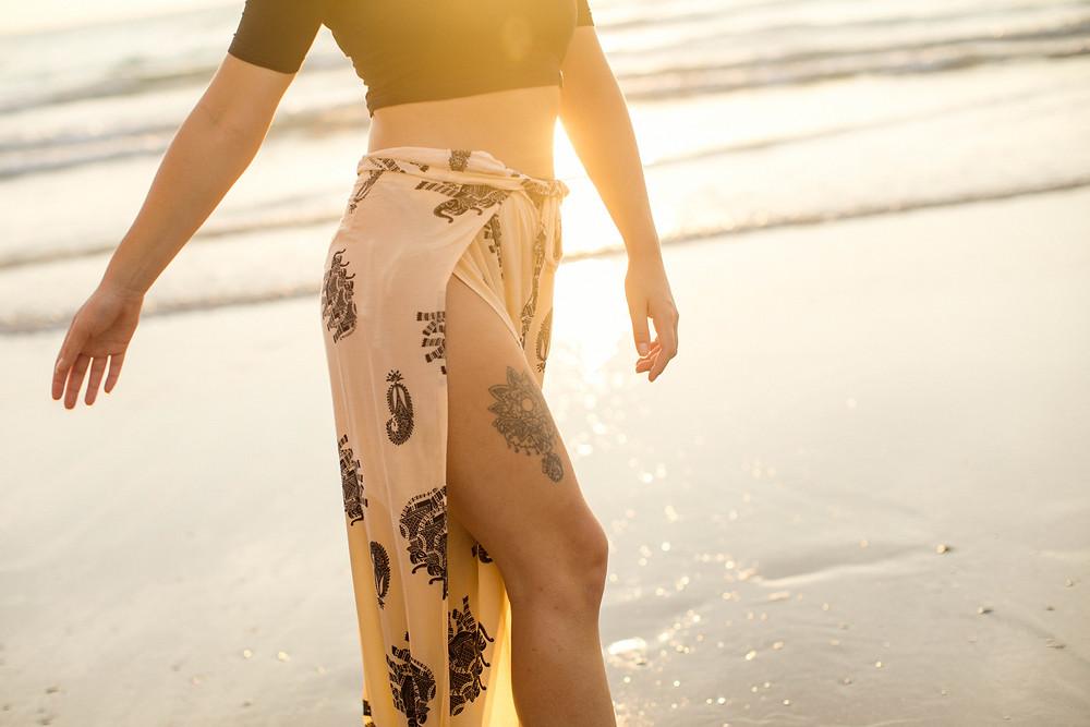 lena larsson couple photoshoot golden hour thailand nicki silvanus