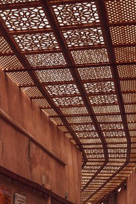 islamic ceiling medina digital nomad, photoshoot, under a palm tree photography