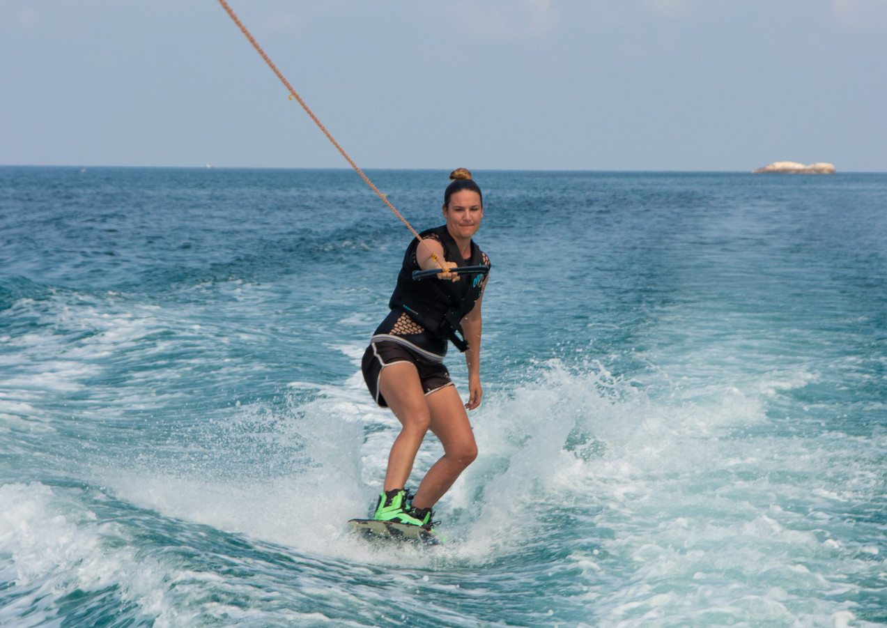 One arm wakeboarding koh phangan gulf of thailand