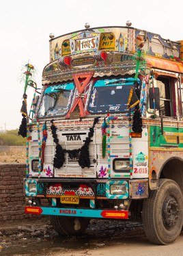 magic bus new delhi travel photographer