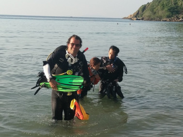 Scuba diving is the best way to start the day!