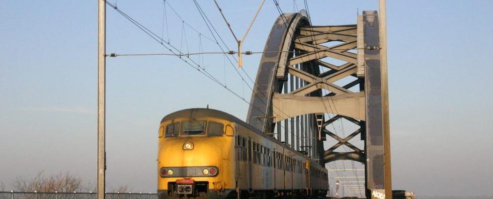 Elektrisch treinstel Plan V nr. 876