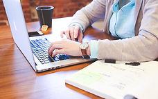 Student - laptop - aantekeningen - natio