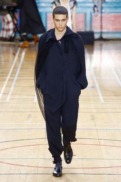 Vivienne Westwood SS18 Milan (1st face)