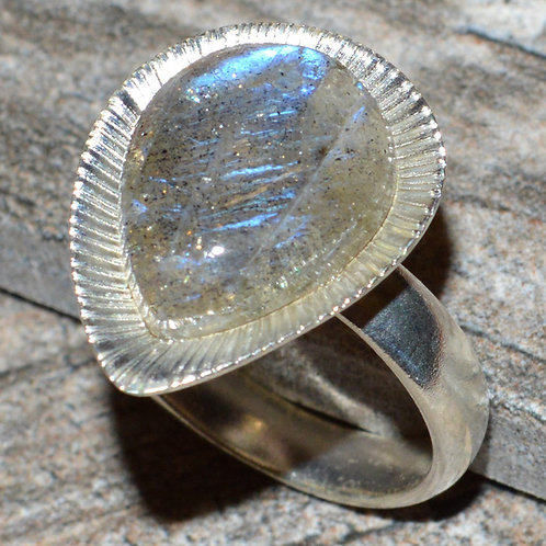 Labradorite Tear Drop .925 Sterling Silver Ring size 7.5