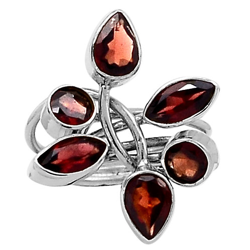 Genuine Garnet 925 Sterling Silver Ring s. 8