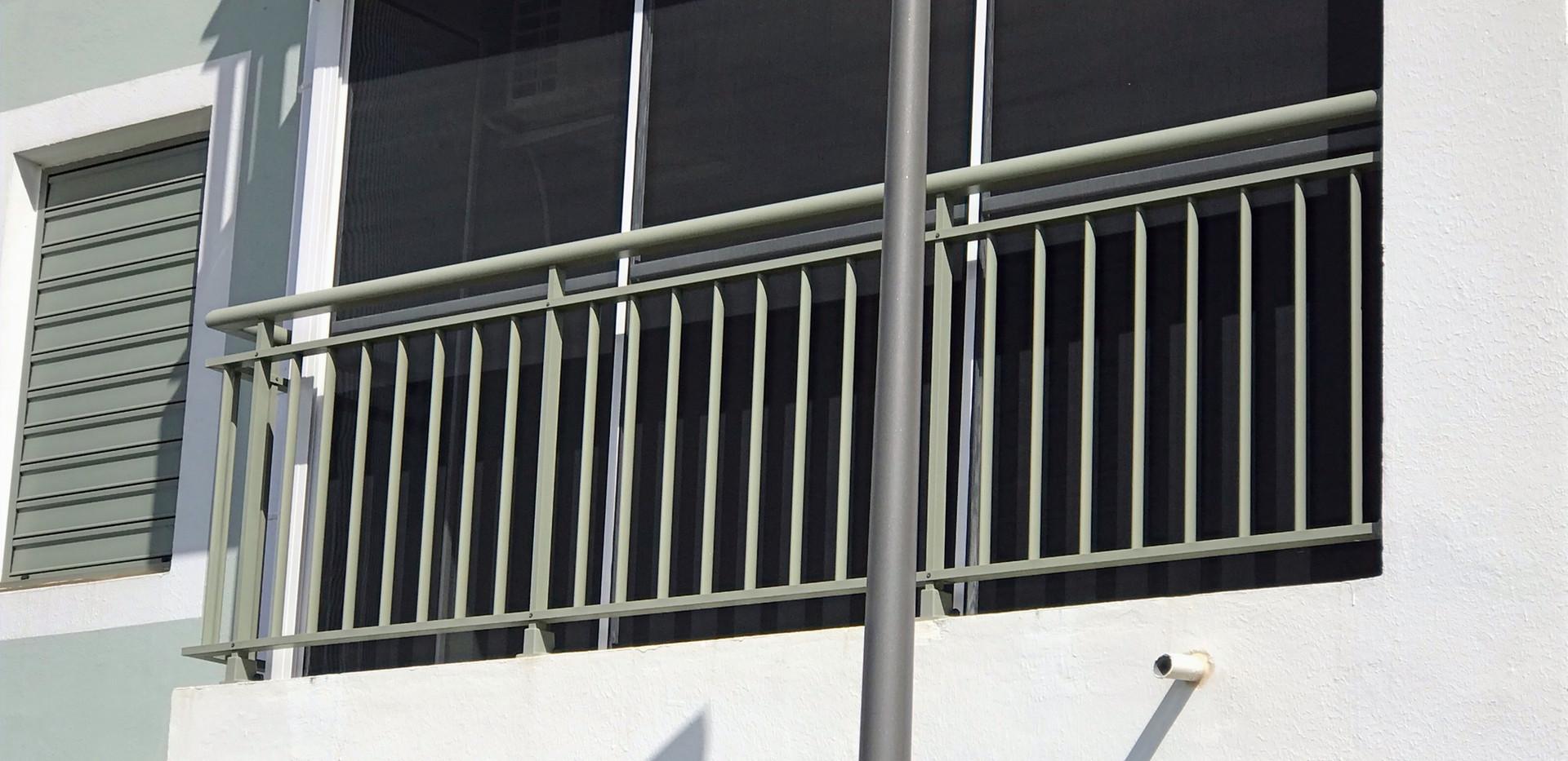 moustiquaire baie vitrée sur mesure