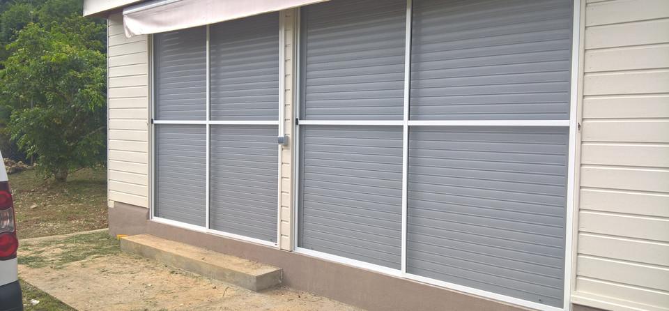 moustiquaire sur mesure baie vitree