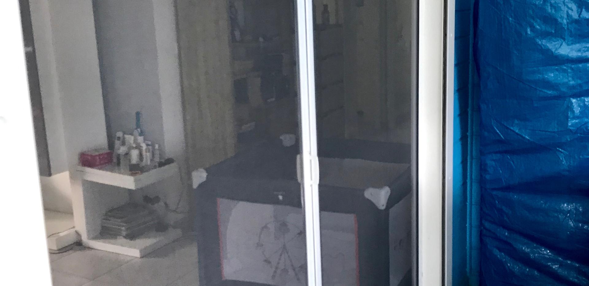 moustiquaire laterale posé.JPG