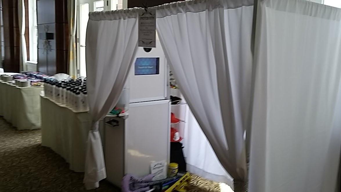 photo booth a.jpg