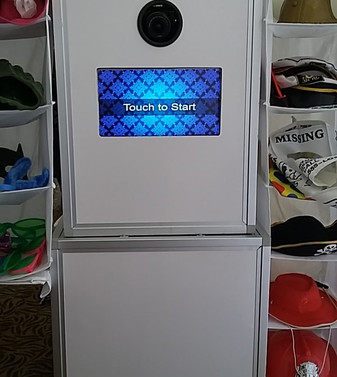 photo booth b.jpg