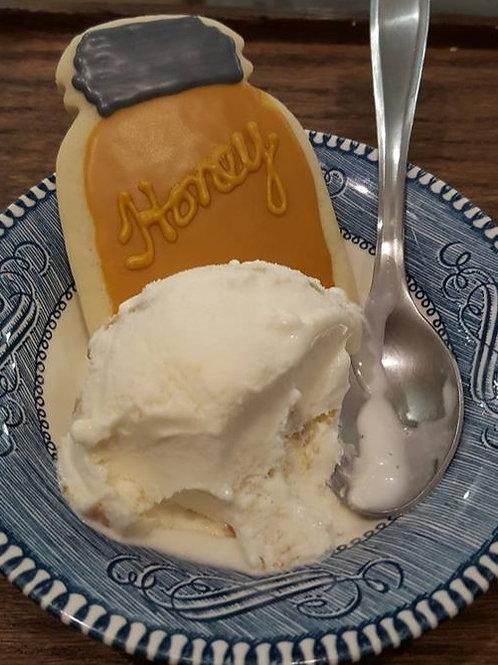 1quart Honey Graham Ice Cream