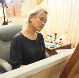 Man Yu pintando TH (1).jpg
