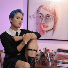 Man Yu en su estudio