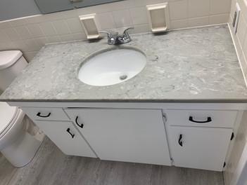 402 Guest Bath