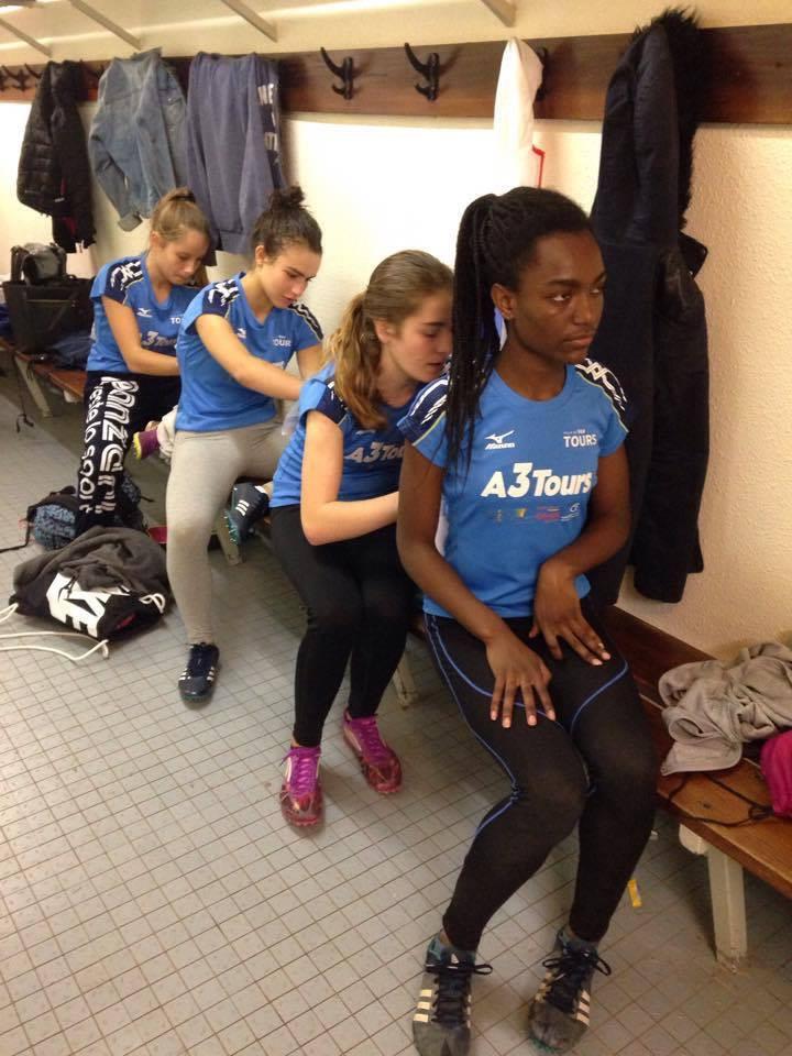 Esprit d'équipe, travail d'équipe chez les filles