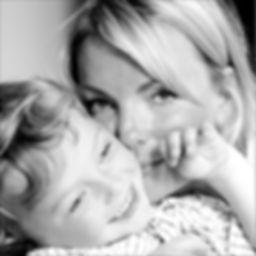 Mutter mit Kind 1.jpg