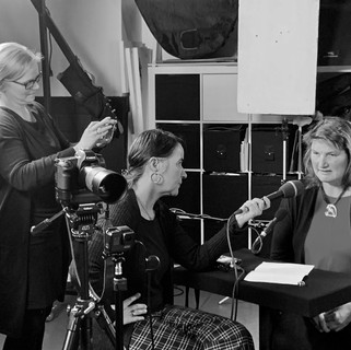 Profilerin Dr. Petra Bungart im Gespräch.jpg