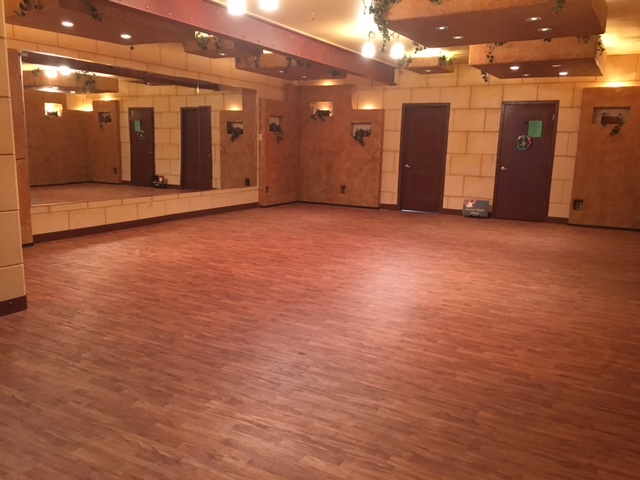 Studio B - 750 sq. ft.