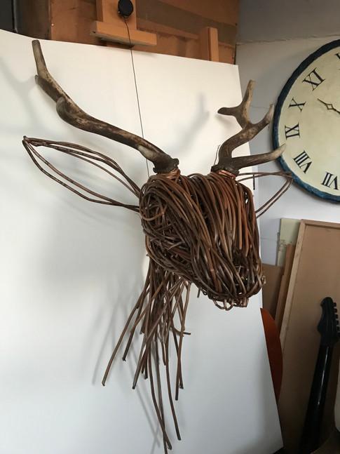 Willow Deer Head construction