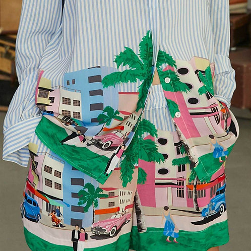 Shorts with Postcard print