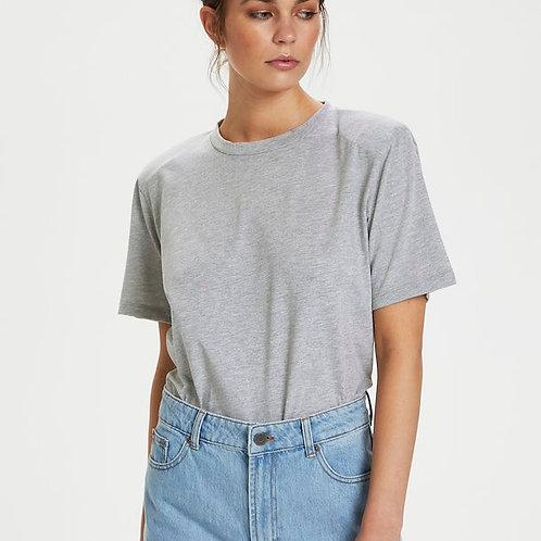 JoryGZ T-Shirt with Shoulder pads by Gestuz