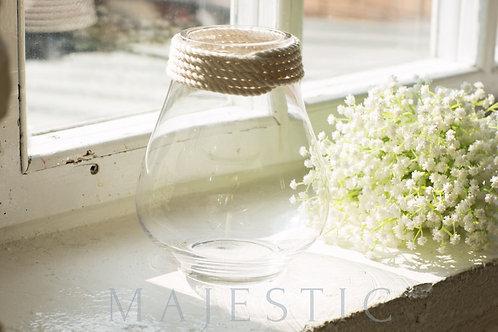 Ваза из стекла / Glass vase