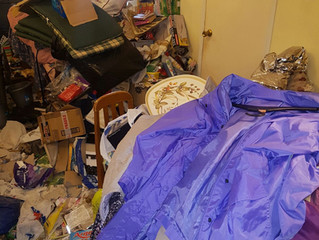 Extreme Cleaning: The difference between Clutter & Hoarding.