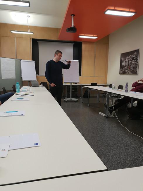 Kurz vor Beginn des Workshops Deeskalationsmanagement