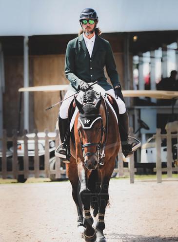 Wild Bill goes Equestian