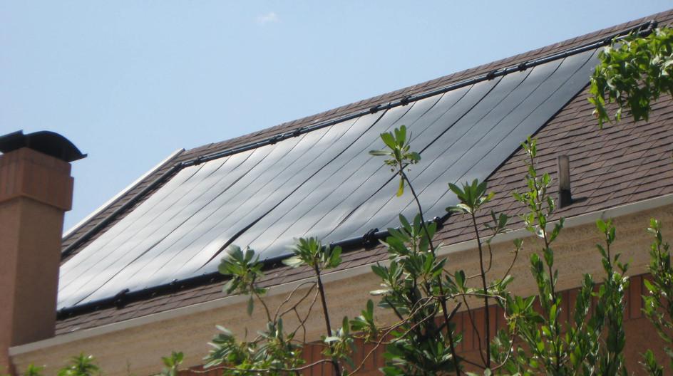 Sist Solar Piscina 2.JPG